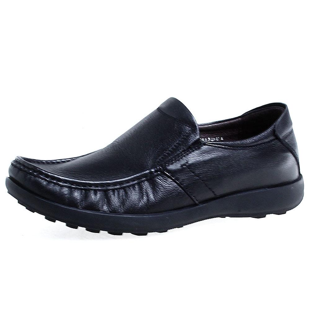 森达男款摔纹皮套脚舒适休闲鞋