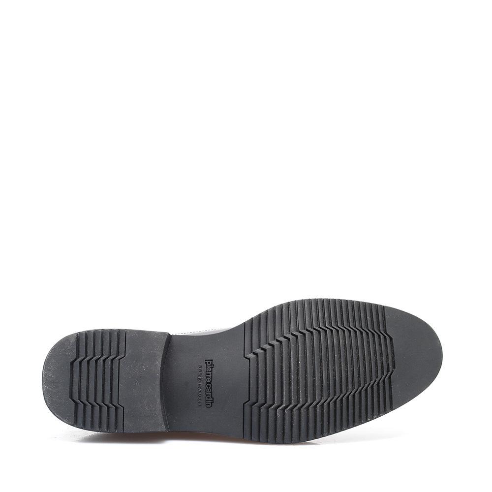 皮尔卡丹男款英伦风花纹孔休闲鞋