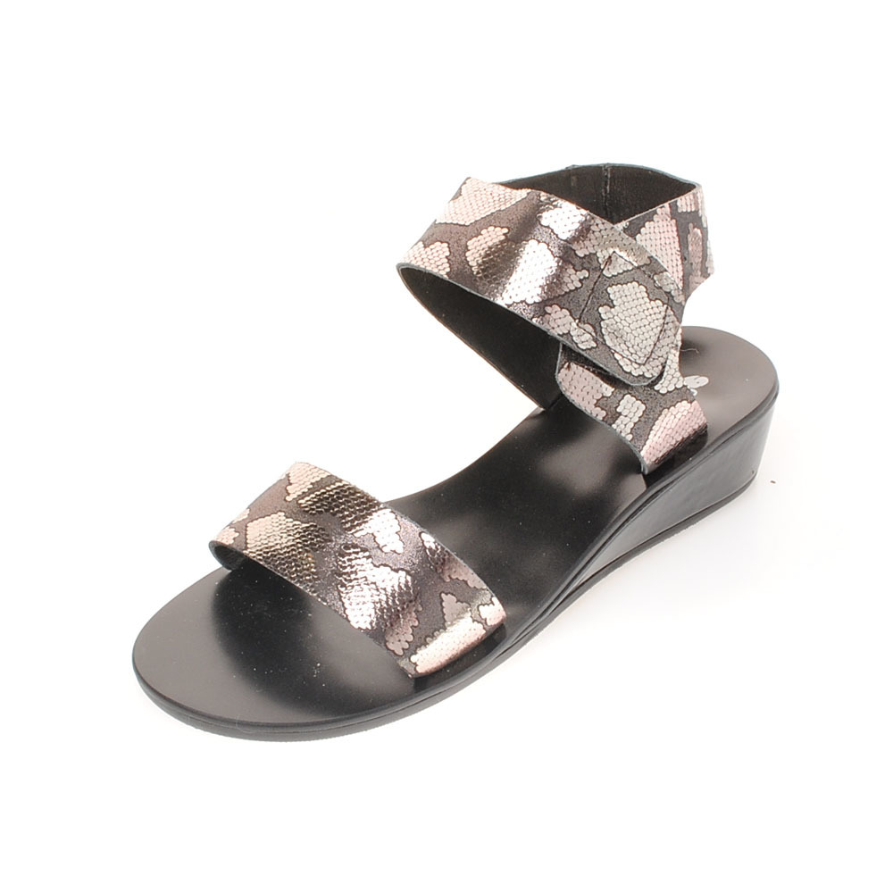 适步女款个性花纹坡跟凉鞋