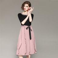 MissLisa甜美粉系带拼色罗纹领系带荷叶边连衣裙